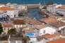 « Le secteur immobilier de l'Ile de Ré reste au sein du département le micromarché phare. Il n'évolue pas comme les autres et connaît en ce moment un petit coût d'arrêt». (Photo : le port de la commune de Saint-Martin-de-Ré qui donne sur le Pertuis breton et le continent).