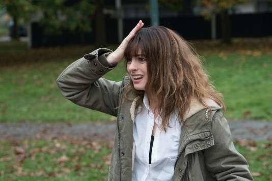 Anne Hathaway dans le film de Nacho Vigalondo« Colossal».