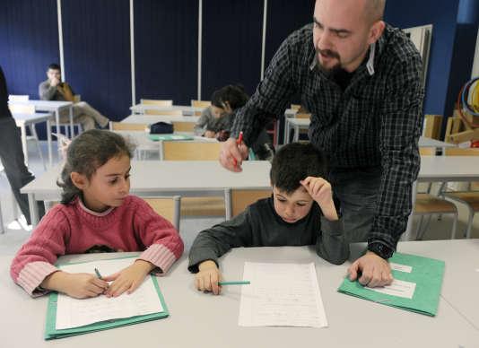«Si on ne sait pas comment la réforme de 2013 a affecté le rythme d'apprentissage des enfants, on semble ignorer le lien direct entre organisation du temps scolaire et travail des femmes».