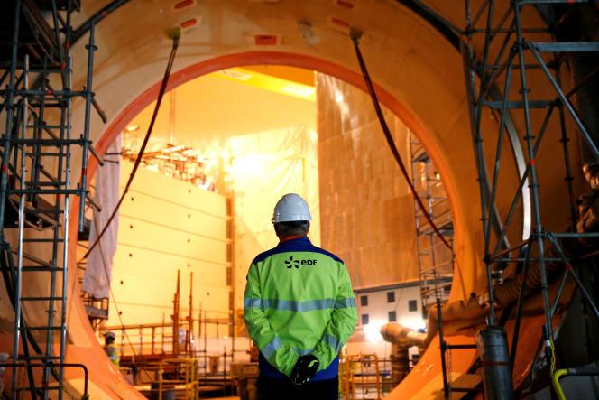 Sur le site du réacteur nucléaire EPR de Flamanville (Manche), en 2016.