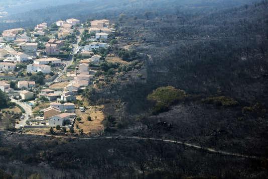 Quelques reprises de feu près de Biguglia inquiétaient toujours les secouristes dans l'après-midi.