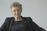 La chercheuse française Françoise Barré Sinoussi, codécouvreuse du VIH et prix Nobel de médecine en 2008, juge sévèrement l'absence du président français au sommet international sur le VIH/sida organisé à Paris.