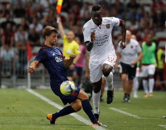 Mario Balotelli a inscrit le premier but de la rencontre, mettant Nice sur de bonnes rails face à l'Ajax.