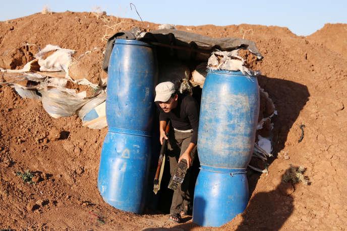 Un combattant de l'Armée syrienne libre, à Deraa (Syrie), le 14 juillet.