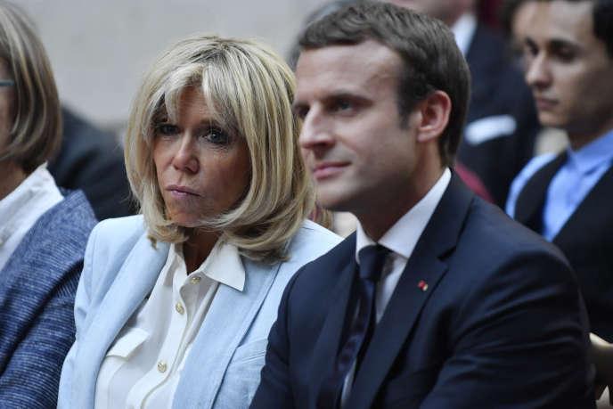 Brigitte et Emmanuel Macron, à l'Elysée, le 25 juillet 2017.