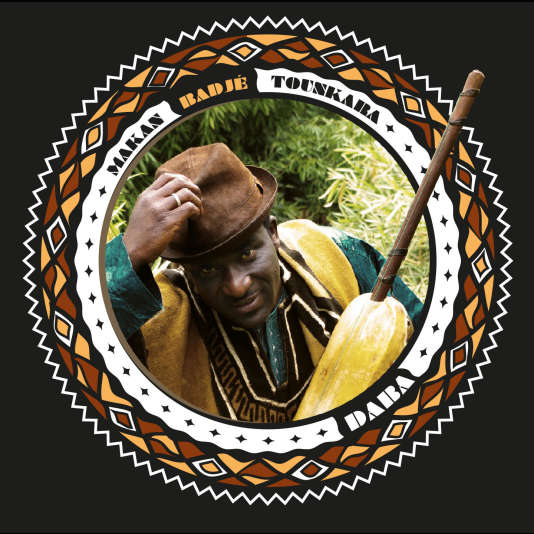 Pochette de l'album « Daba»,deMakan Badjé Tounkara