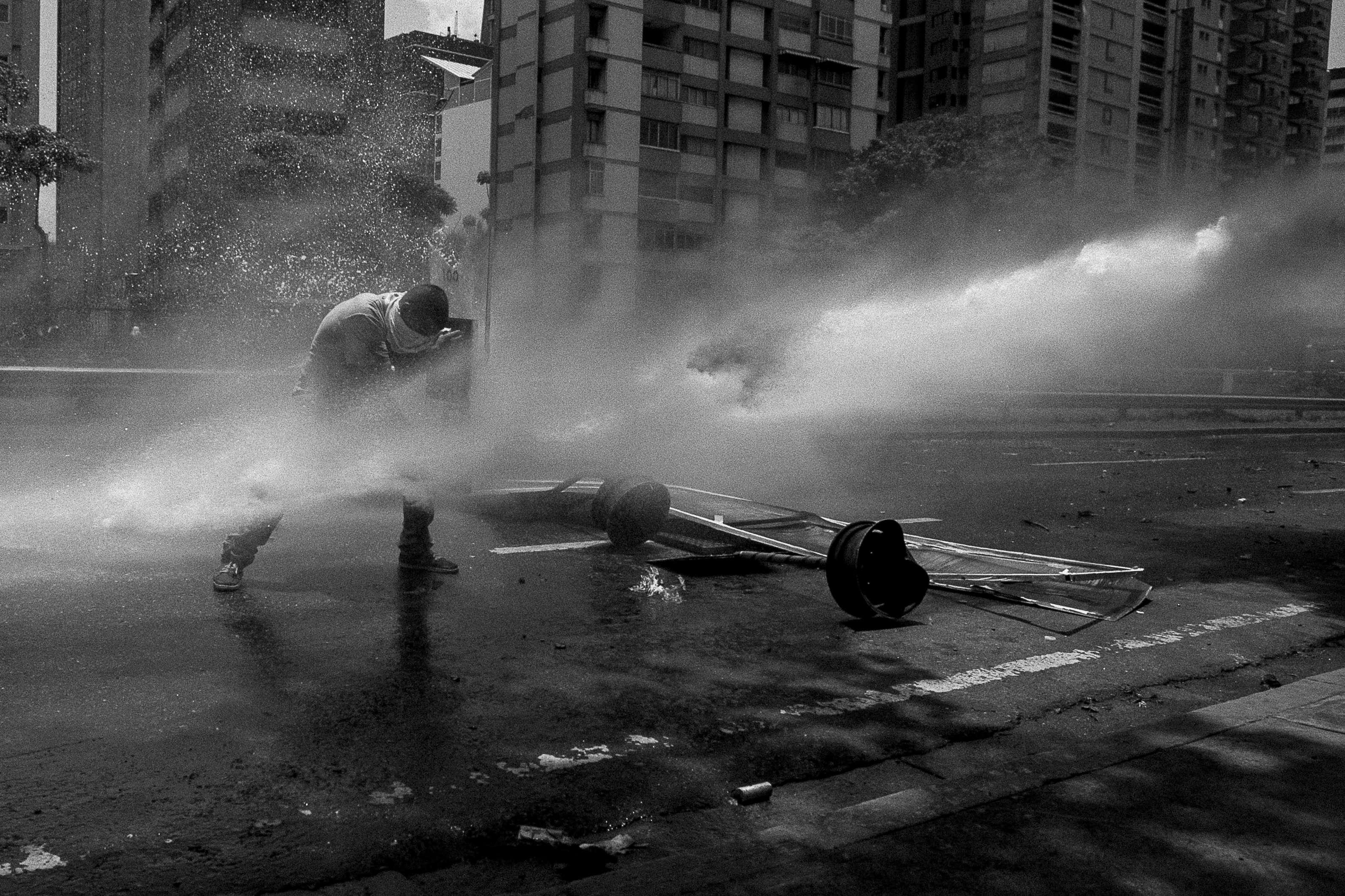 Lors des émeutes à Caracas, le 4 avril 2017.