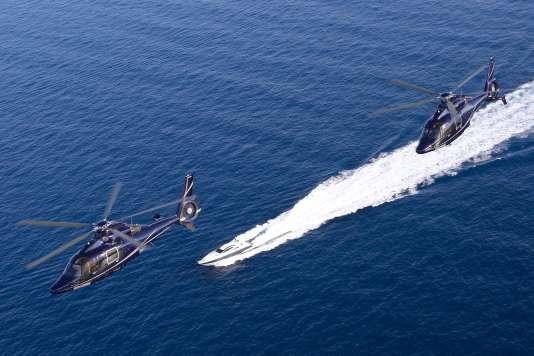 Entre Nice et Saint-Tropez, l'hélico va plus vite que le yacht !