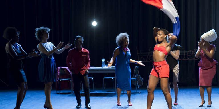 «Afropéennes», d'après des textes de Léonora Miano, mise en scène par Eva Doumbia au Carreau du Temple, à Paris, 13 février 2015.