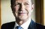 Jean-Paul Agon, PDG de L'Oréal, dans son bureau du siege a Clichy, le 22 mars 2016.