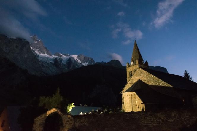 La petite église de La Grave, dans les Hautes-Alpes, où se tient jusqu'au 30 juillet la vingtième édition du Festival Messiaen.