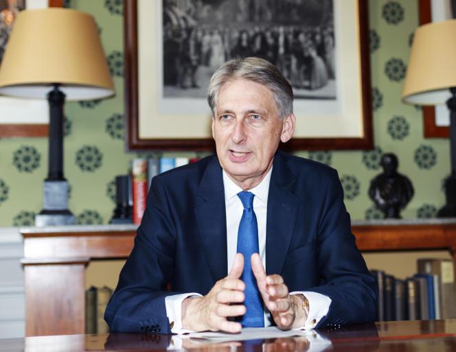Philip Hammond, chancelier de l'Echiquier, le 27 juillet à Paris.