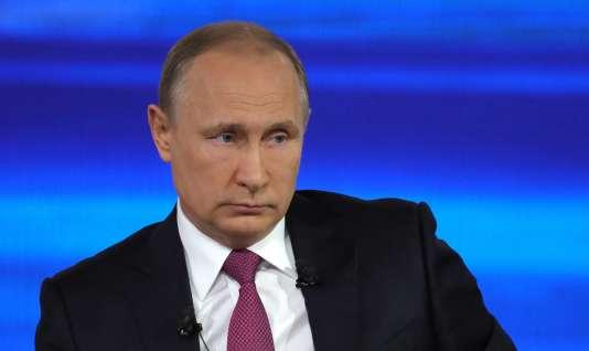 la Russie interdirait à compter du 1er août l'accès du personnel de l'ambassade des Etats-Unis à une datcha (maison secondaire à la campagne) et à un entrepôt à Moscou.