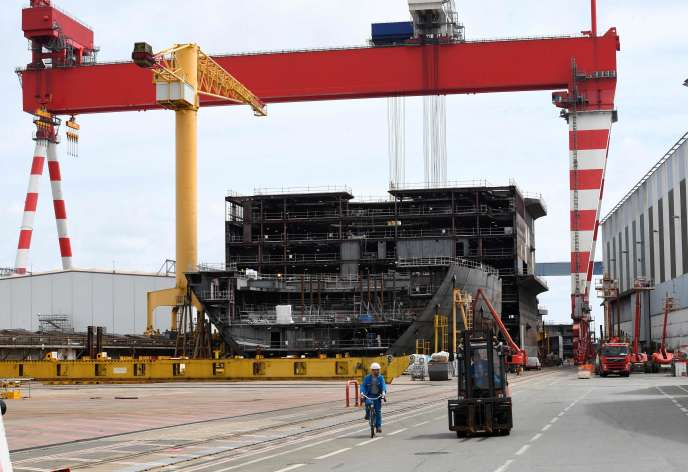 Sur les chantiers STX de Saint-Nazaire, en juillet 2017.