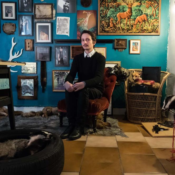 Sylvain Wavrant a reconstitué un cabinet de curiosité dans une salle de l'ancien tribunal.