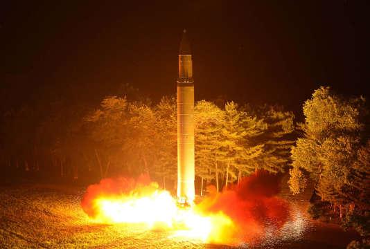 Vendredi, la Corée du Nord a effectué son deuxième test de missile balistique intercontinental (ICBM) en moins d'un mois.