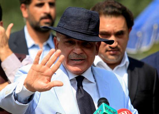 Shahbaz Sharif a été choisi par son frèreNawaz Sharif pour lui succéder à la tête du gouvernement pakistanais.