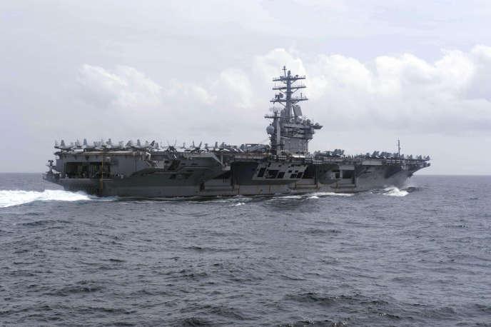 Le porte-avions américain USS Nimitz dans l'océan Indien, le 29 juillet.