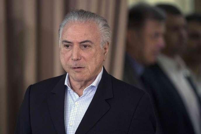 L'ancien président brésilien Michel Temer, le 30 juillet 2017 à Rio de Janeiro. Il a quitté le siège de la Police fédérale de Rio de Janeiro vers 18h40 (heure locale).