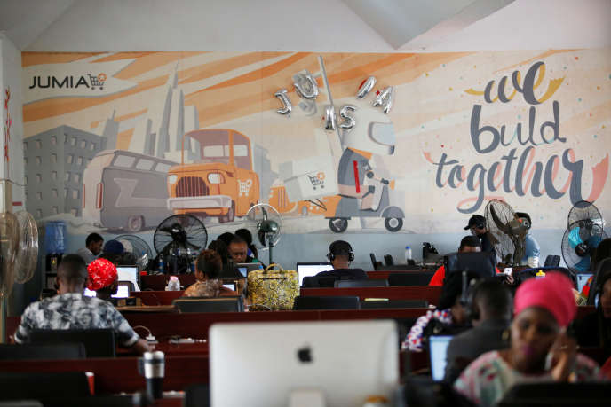 Dans l'open space de Jumia,le leader du commerce en ligne en Afrique. à Lagos (NIgeria), en 2016.