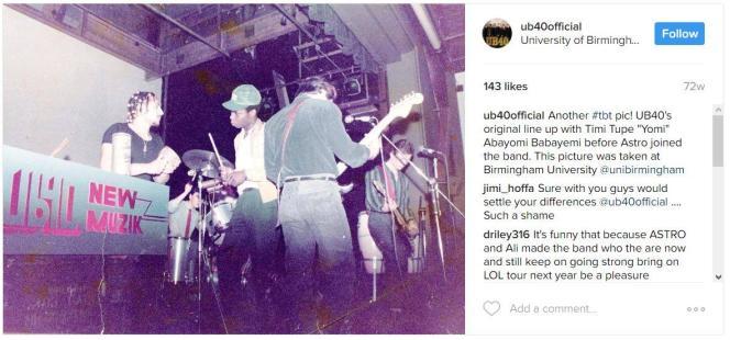 UB40 lors d'un concert à l'université de Birmingham, en 1979. Au centre, Yomi Babayemi, alors percussionniste du groupe.
