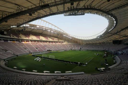 Le 18 mai 2017, à Doha. Le stade Khalifa, entièrement rénové pour le Mondial 2022, prévoit même une climatisation de plein air.