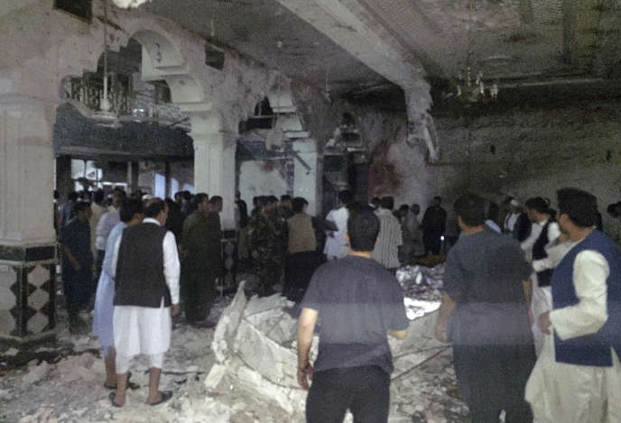 Un attentat-suicide a fait plus de vingt morts dans une mosquée chiite de Hérat, dans l'ouest de l'Afghanistan, mardi 1er août.