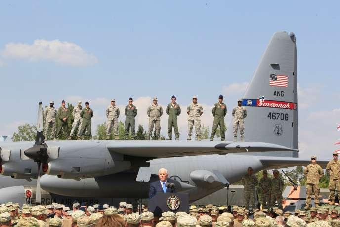 Mike Pence, le vice-président américain, à Tbilissi (Géorgie), le 1eraoût 2017.