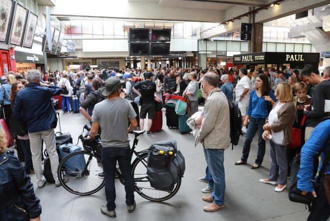 La gare Montparnasse , le 30 juillet, à Paris.