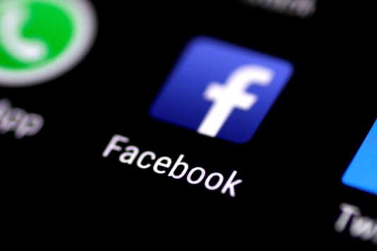 Le logo du réseau social Facebook.