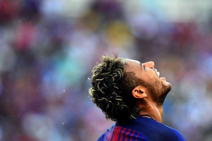 A 25 ans, Neymar da Silva Santos Junior deviendra le footballeur le plus cher du monde.