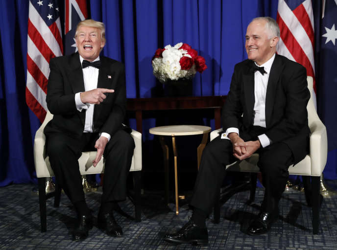 Le président Donald Trump et le premier ministre australien, Malcolm Turnbull, à bord du porte-avions «Intrepid», aujourd'hui un navire musée dans le port de New York, le 4 mai.