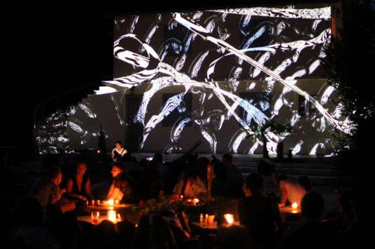 Projection audiovisuelle pendant un concert.