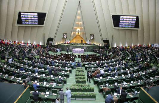 Les ministres proposés par le président Hassan Rohani devront être approuvés par le Parlement iranien.