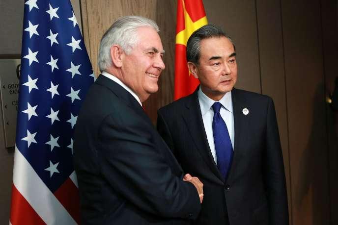 Le secrétaire d'Etat américain Rex Tillerson affirme que son homologue Wang Yi est sur la même ligne dure que lui dans le dossier nord-coréen.