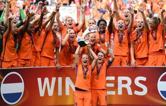 Les Néerlandaises fêtent leur titre continental, le 6 août à Enschende.
