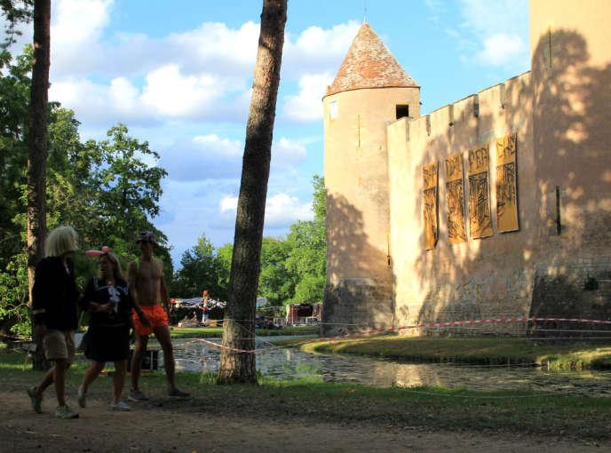 Le château d'Ainay-le-Vieil accueille 20 000 visiteurs par an.