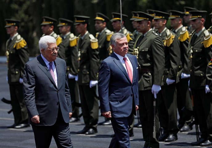 Le roi Abdallah II avec Mahmoud Abbas, en Cisjordanie, le 7 août.