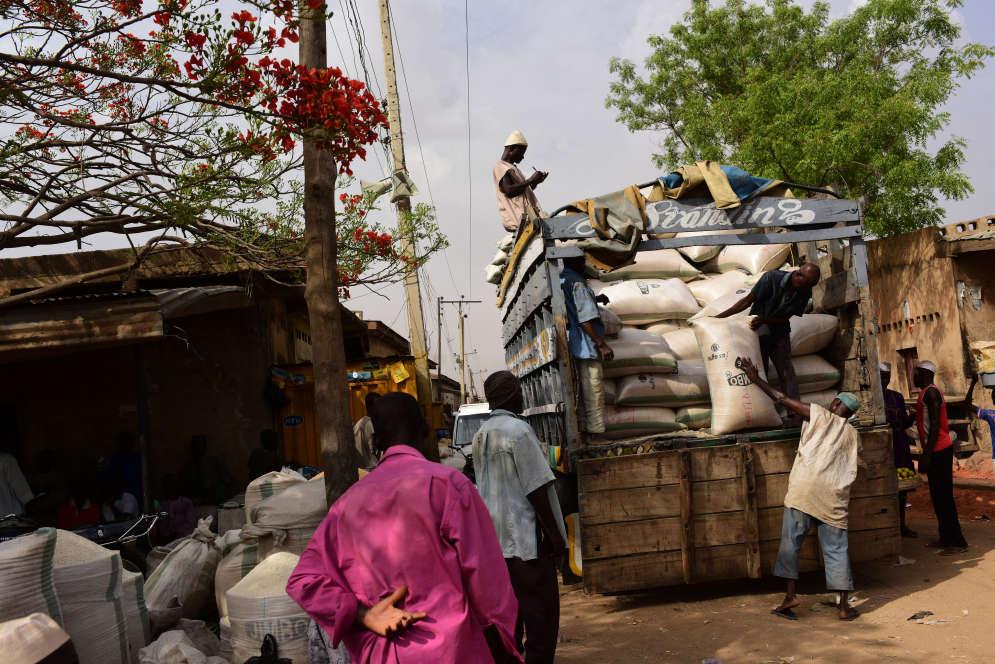 Chaque semaine, l'équivalent de plus de 200millions de nairas (plus de 460000euros) transitent par le marché sous forme de céréales et d'épices.