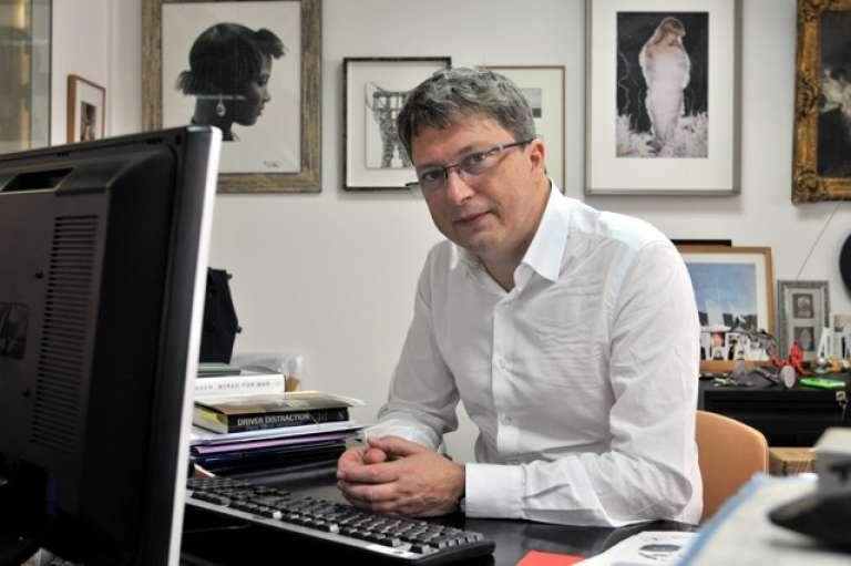 Henri Seydoux, PDG du groupe Parrot et collectionneur d'art africain.
