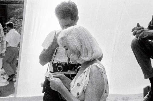 La star avec le photographeElliot Erwitt.