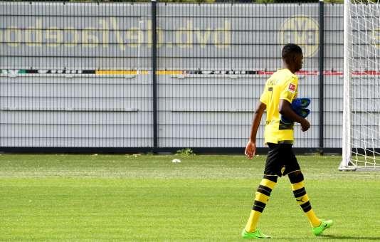 Ousmane Dembélé sur le terrain d'entraînement de Dortmund, le 9 août. Le Français n'y est plus revenu depuis.