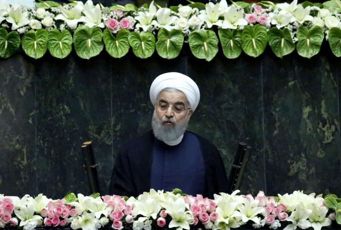 Le président iranien, Hassan Rohani, après avoir prêté serment devant le Parlement, à Téhéran (Iran), le 5 août.