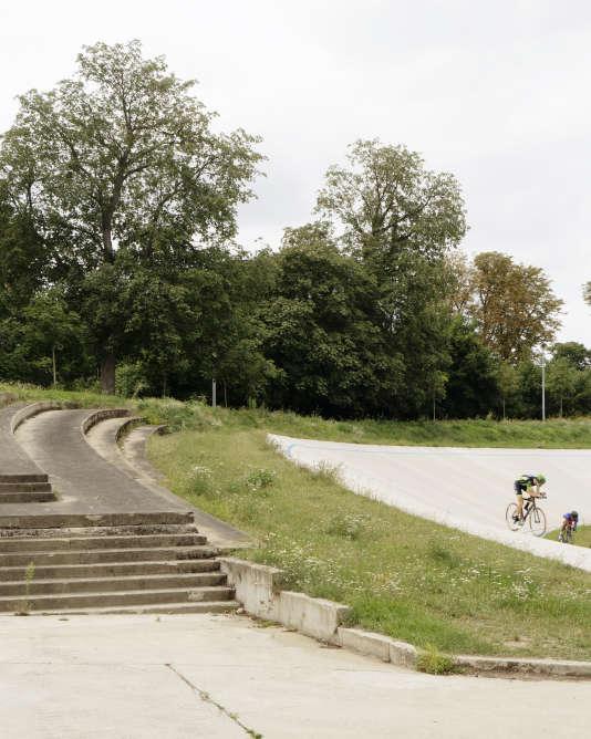 Le vélodrome construit dans le bois de Vincennes pour les Jeux de 1900 a également servi en 1924.