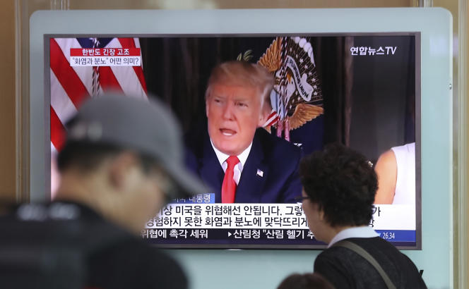 Donald Trump a vanté mercredi la puissance de l'arsenal nucléaire américain. Image diffusée par une télévision sud-coréenne, le 9 août.