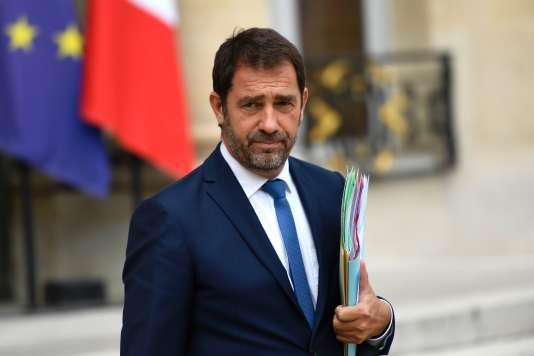 Christophe Castaner, secrétaire d'État chargé des relations avec le Parlement, porte-parole du gouvernement, à la sortie du conseil des ministres, le 9 août.