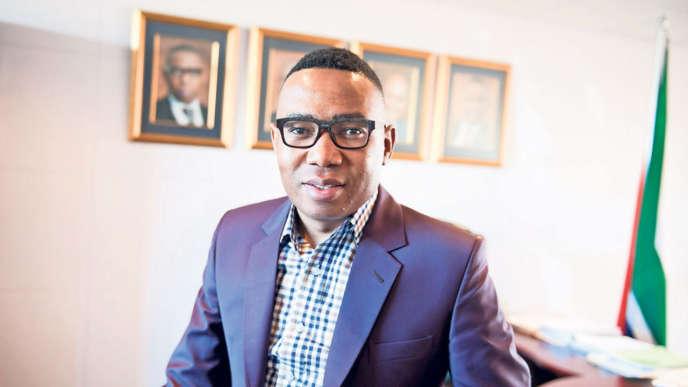Mduduzi Manana, le vice-ministre de l'Education sud-africain a été inculpé le 10 août pour agression sur deux femmes dans une discothèque de Johannesburg.