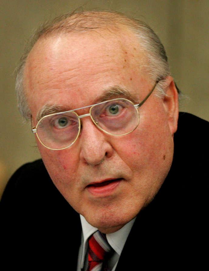 Ernst Zündel en 2005.