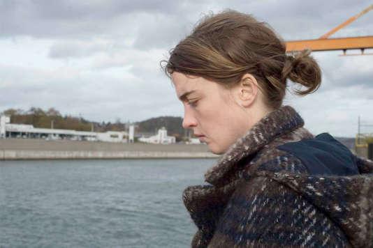 Adèle Haenel incarne le docteur Jenny Davin