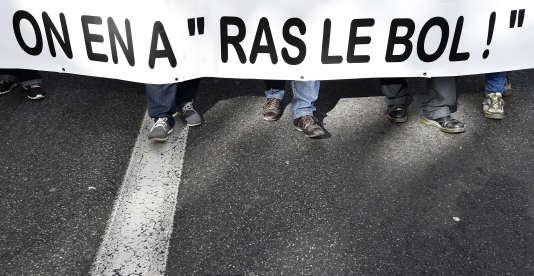 Lors d'un rassemblement à Toulouse, le 8 octobre 2015, pour la défense de l'emploi et la hausse des salaires.